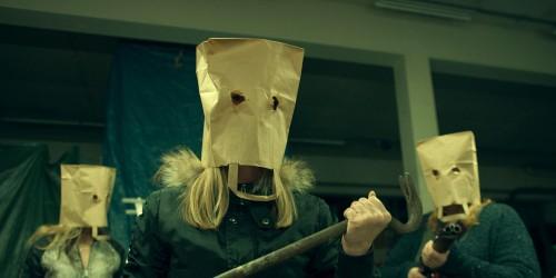 Imagem 3 do filme Mulheres Armadas, Homens na Lata