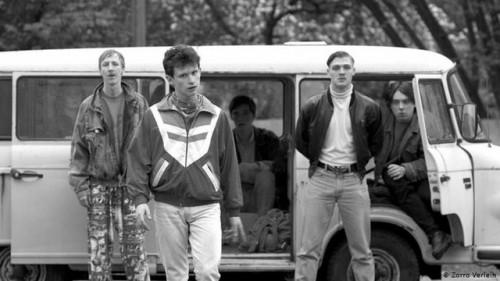 Imagem 2 do filme Nós Somos Jovens. Nós Somos Fortes.