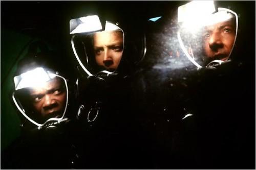 Imagem 5 do filme Esfera