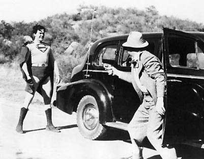 Imagem 4 do filme Atom Man vs. Superman