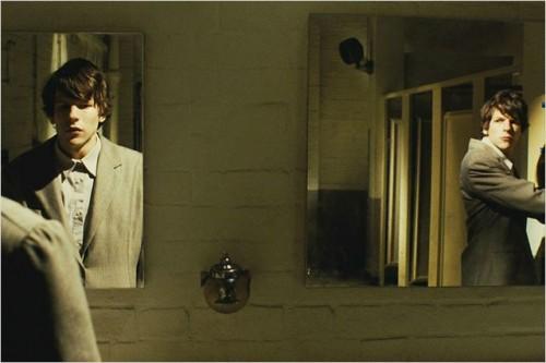 Imagem 2 do filme O Duplo