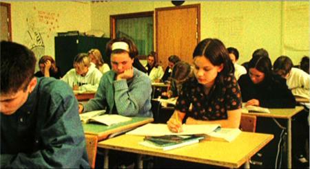Imagem 4 do filme Amigas de Colégio