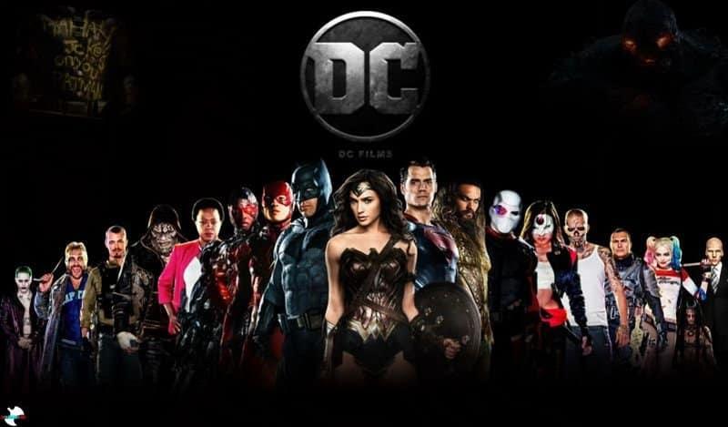 Foto dos principais personagens da DC