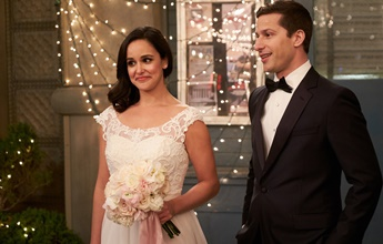 Jake e Amy anunciam gravidez em nova cena de Brooklyn Nine-Nine