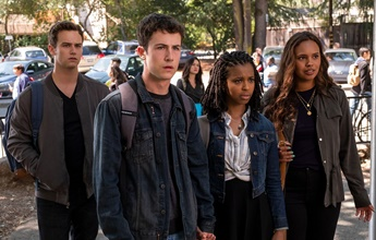 13 Reasons Why: showrruner desmente spin-off passado na faculdade