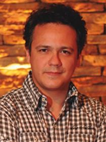 Danton Mello