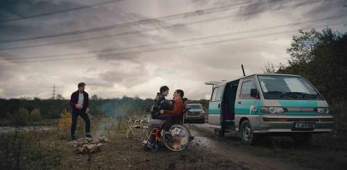 Imagem 3 do filme Como Vender Drogas Online (Rápido)