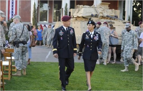 Imagem 5 do filme Army Wives